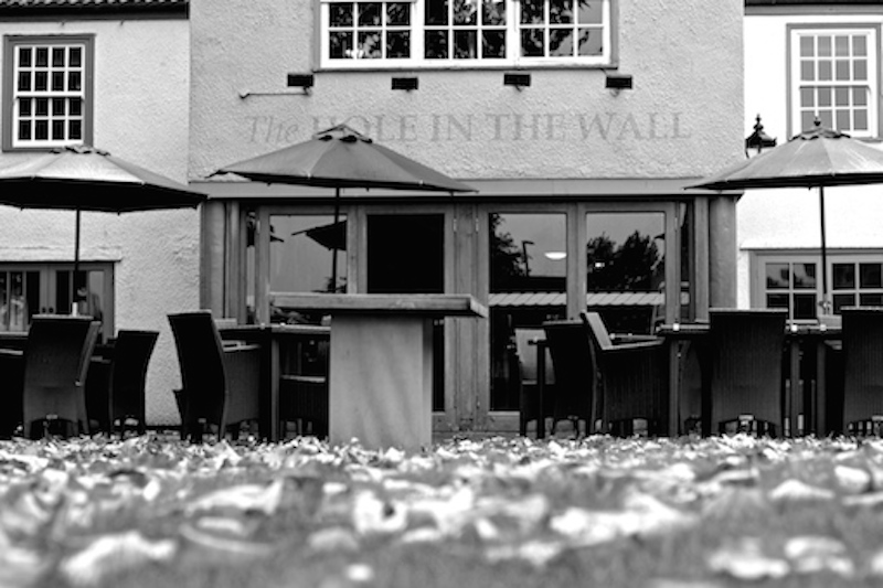 Black & White picture of the Hole In The Wall pub